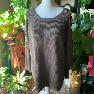 Loveriche sweater with laced up sleeve shoulders